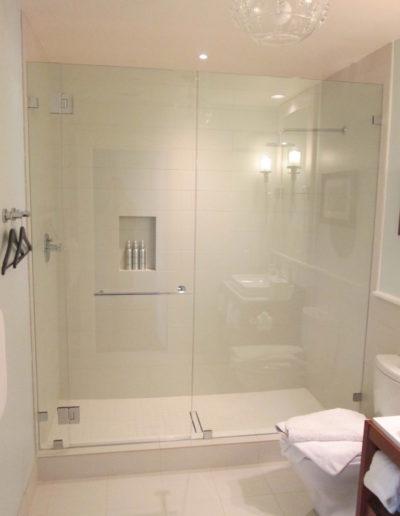 HotelShowerDoorFrameless-11-768x1024